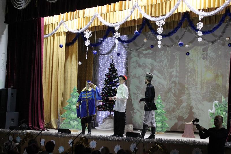 Волшебный новогодний карнавал.